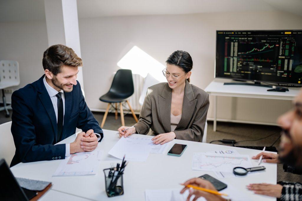 Hogyan segíti a PractiWork fejlesztése a megfelelő szakember megtalálását?